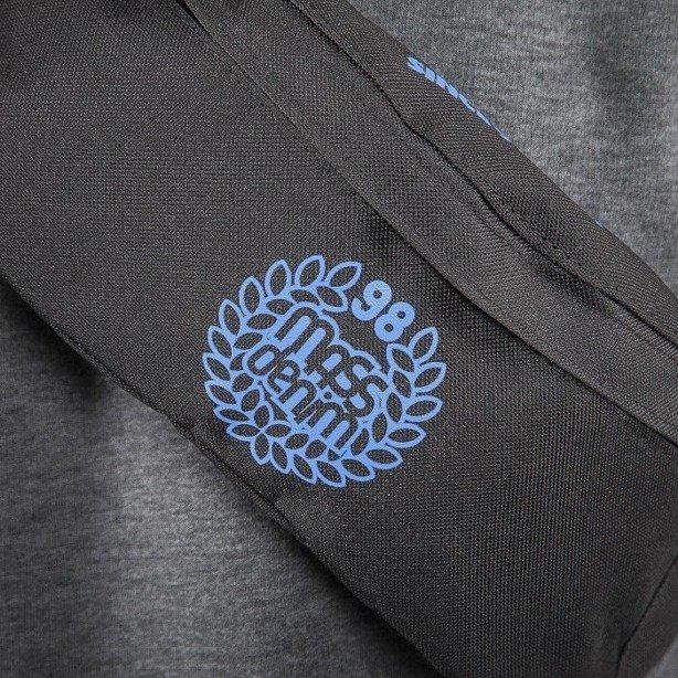 MASS SASZETKA NERKA BASE 013 FW BLACK-BLUE