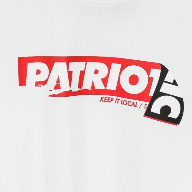 PATRIOTIC T-SHIRT STICKER WHITE