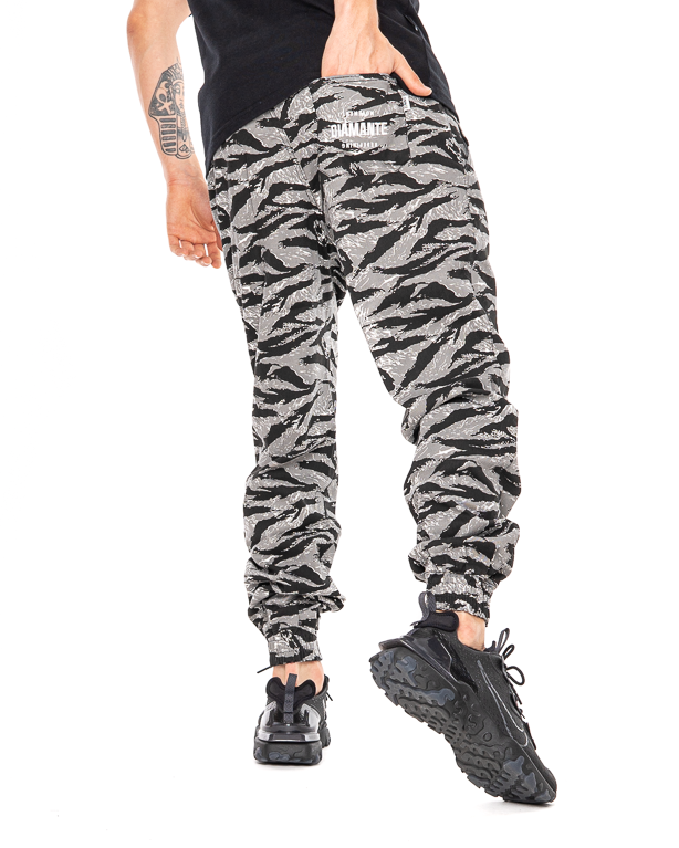 Spodnie Diamante Wear Chino Jogger Rm Classic Black Tiger Camo